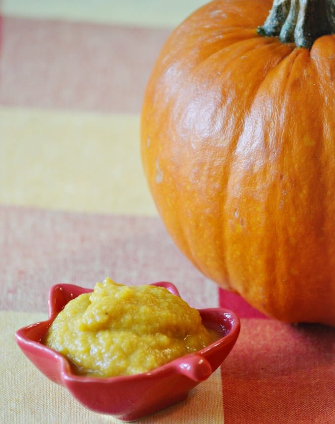 Pumpkins are loaded with potassium, protein, fiber, and iron… making this an ideal first food for your baby. This puree is suitable for babies 5-6 months and up. At this stage, the consistency and texture of the puree should be smooth and creamy.