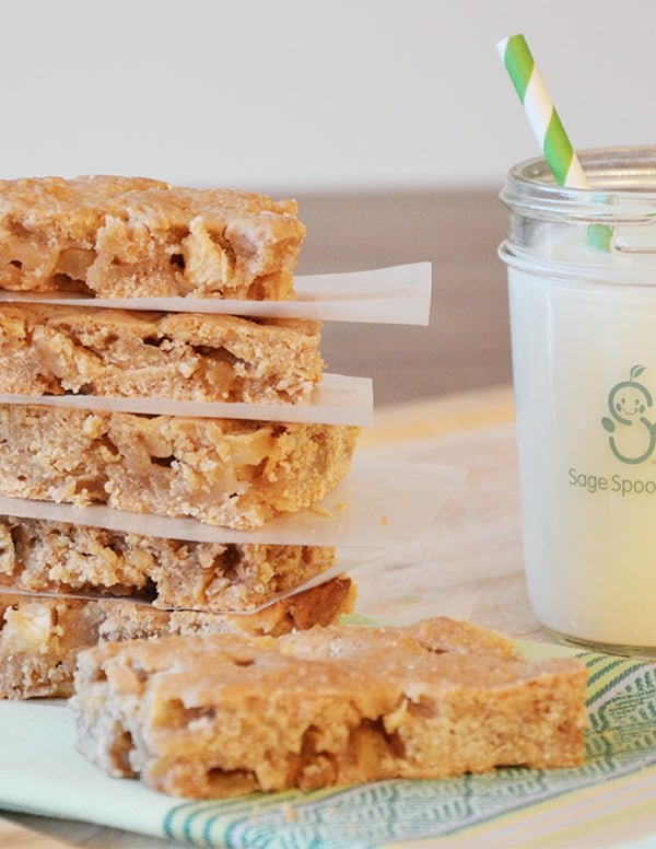 Whole Grain Apple Cinnamon Bars - These bars are so delicious. Good luck having any to share!