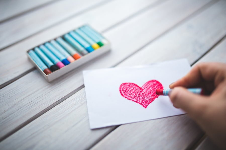 Embrace your inner creative genius with this roundup of eco-friendly, artistic inspiration for Valentine's Day greetings.