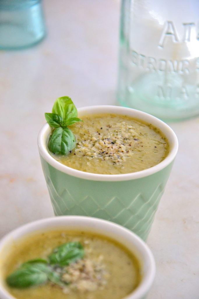 Simple Zucchini Tarragon Soup