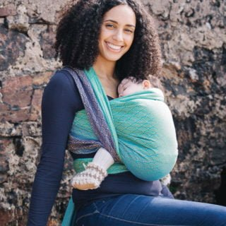 Mother's Day babywearing giveaway from Oscha Slings and Green Child