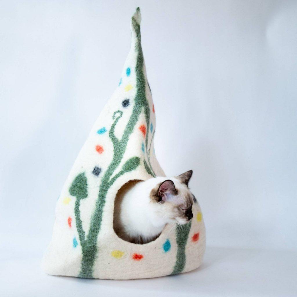 Cozy Cat Cave