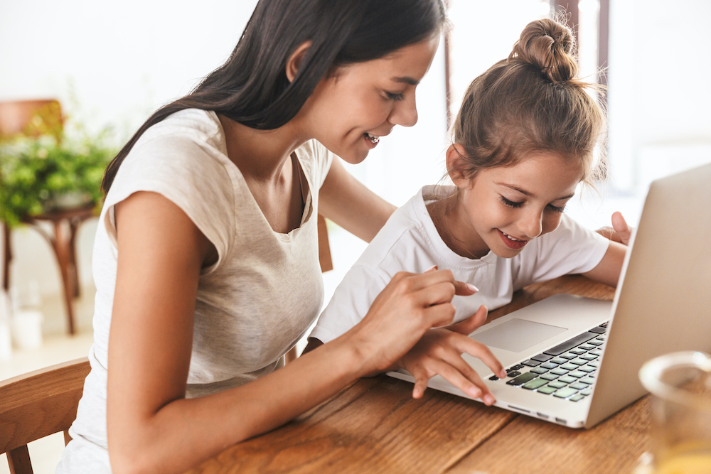 Tips for Homeschooling And Working Full Time from Home