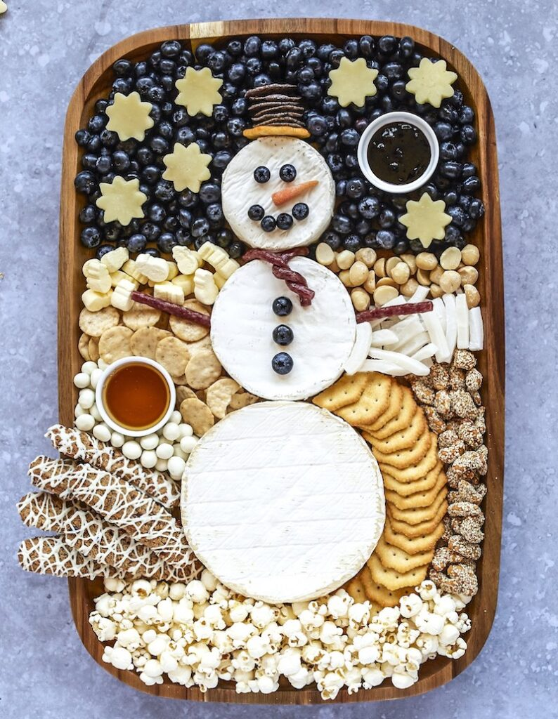 adorable snowman snack tray from The bakermama